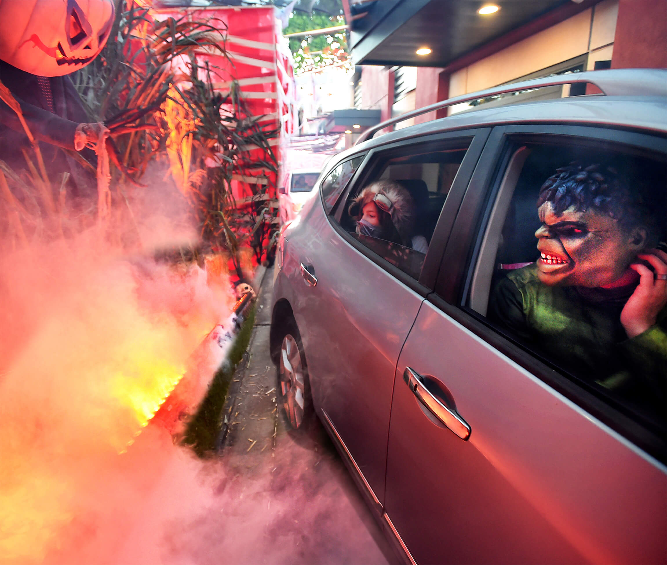 TMA and Wendy's teamed up to save Halloween, turning a Wendy's drive thru in Los Angeles into a one-of-a-kind haunted house. Open for three days with a sustained five-hour long line, the Wendy's Scare Thru delighted hungry fans looking for some pandemic safe and spooky fun.