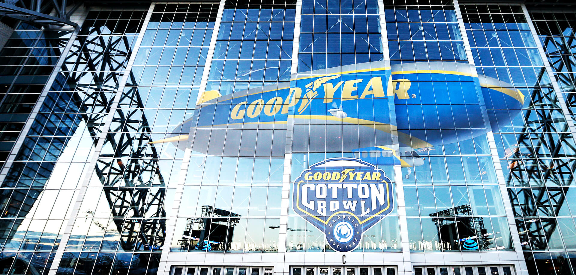 Our creative agency combined experiential and sports marketing to make a highly engaging Cotton Bowl event for Goodyear.