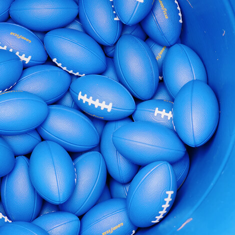 """Goodyear challenges football fans to """"Be Blimpworthy"""" at the 83rd Cotton Bowl image 2"""