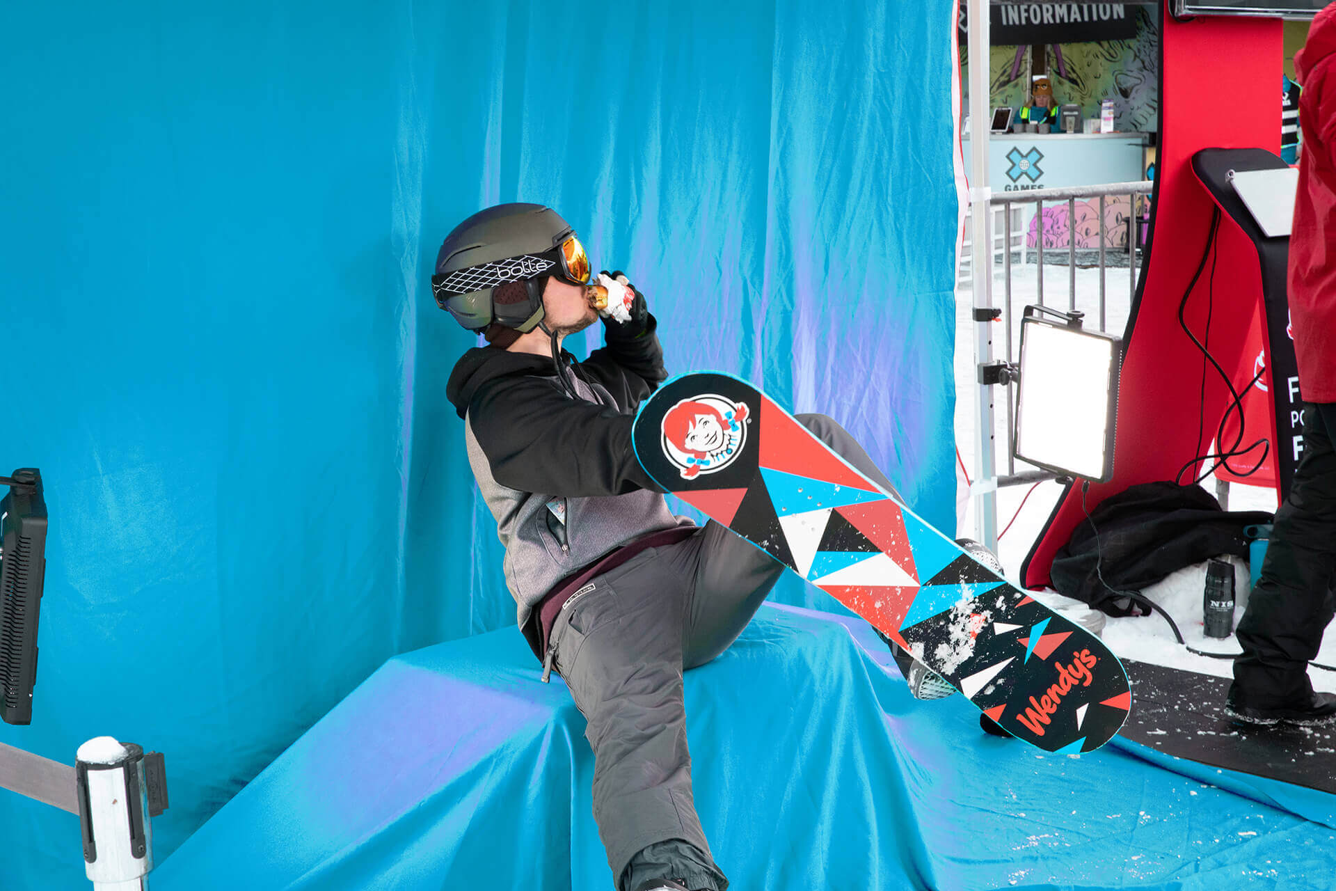 With social media marketing in mind, TMA created a Pose-Like-A-Pro green-screen photo op where fans could snap a pic while strapped into branded Wendy's snow gear.